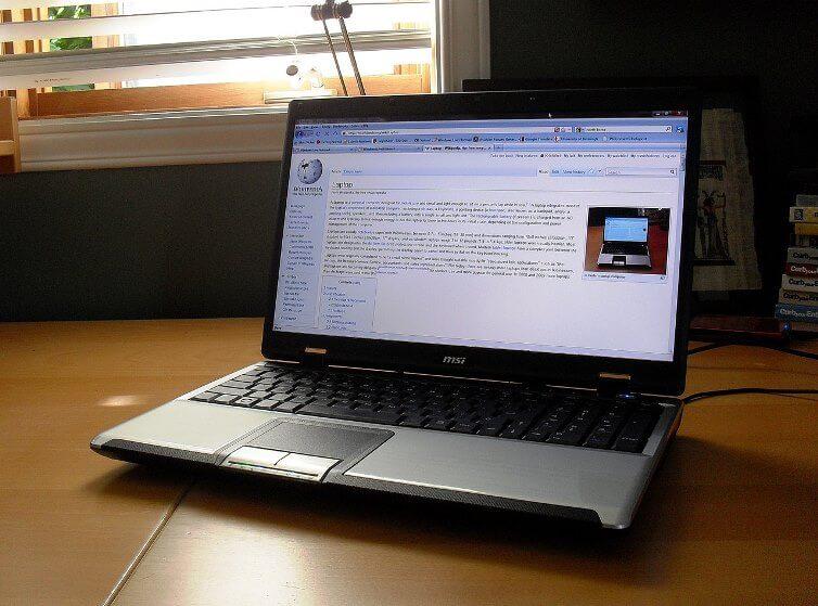 dịch vụ vệ sinh laptop ở Hà Nội