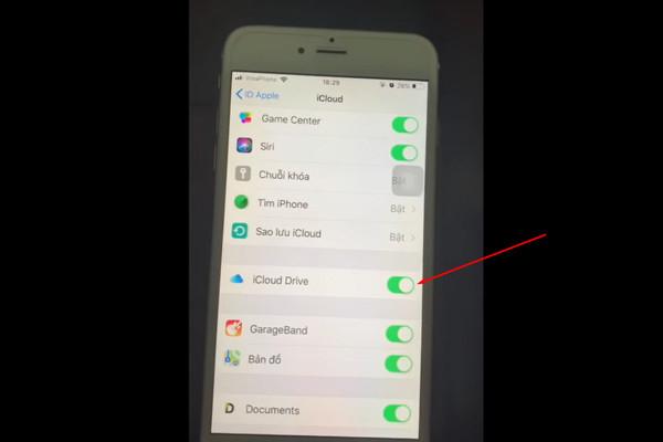 Tải Documents và bật iCloud Driver về máy
